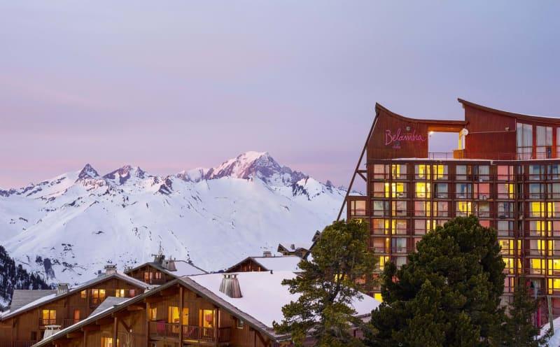 """Hotel """"L'Aiguille Rouge"""""""