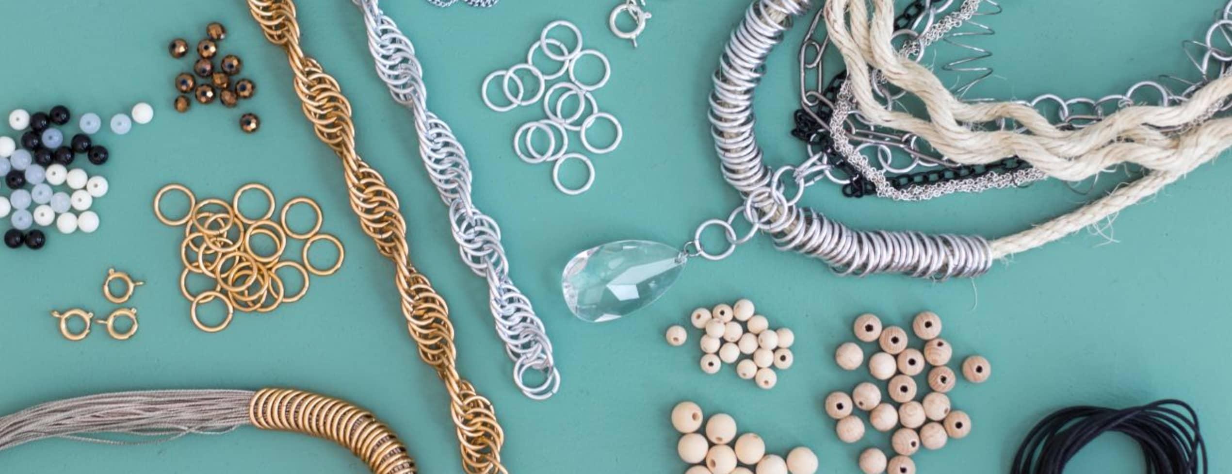 Gör egna kreativa och personliga smycken