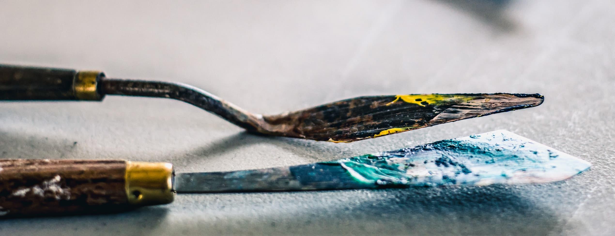 Palettkniv och planeter - lär dig måla abstrakt