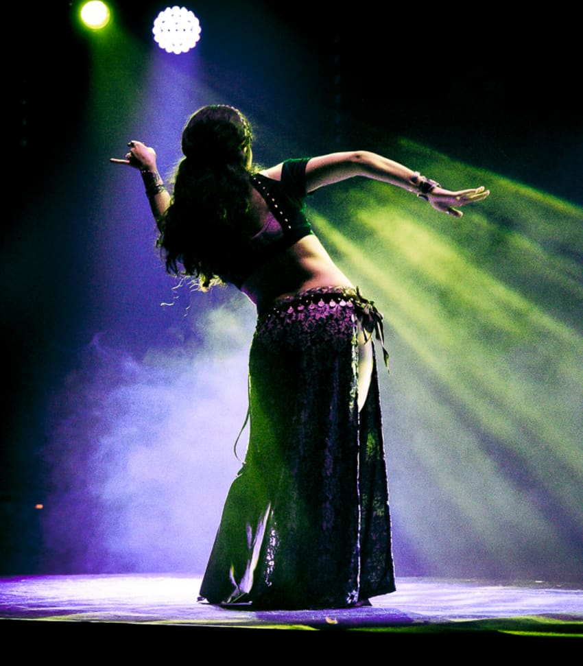 Lär dig dansa Tribal Fusion Belly Dance