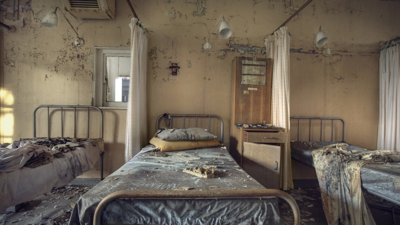 Victorian lunatic asylum reading lights - a history | skinflint