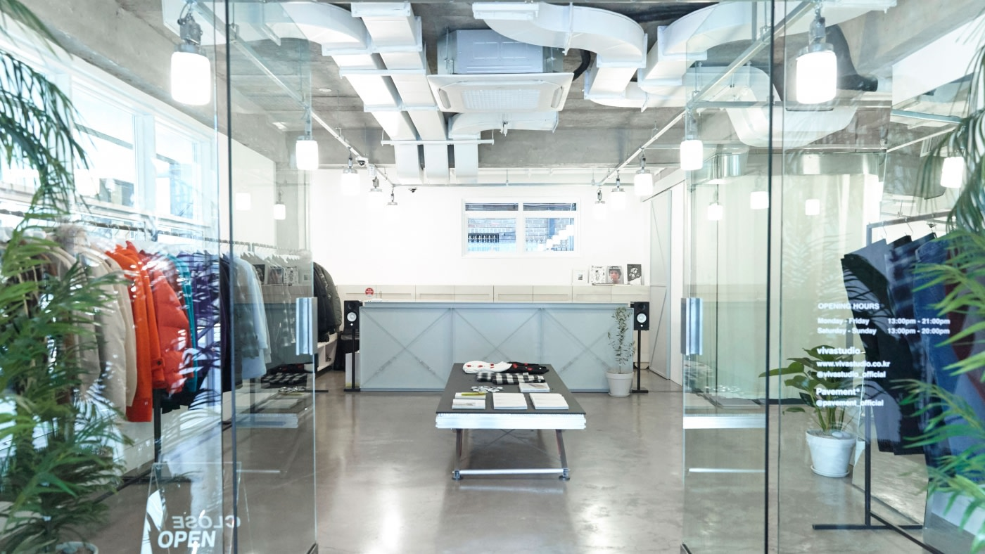 VivaStudio, Seoul