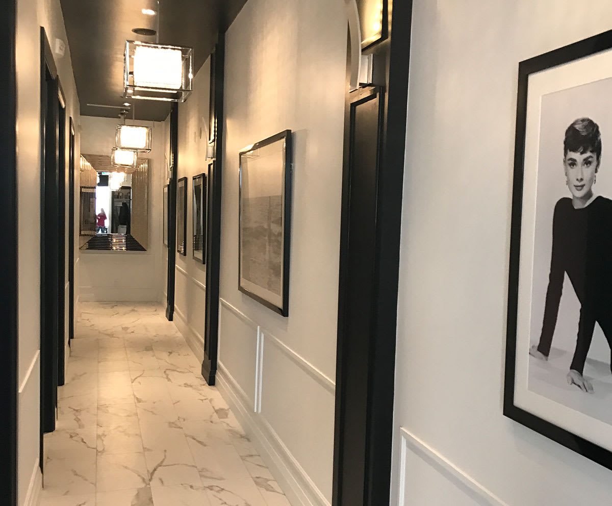 Skin Vitality Medical Clinic Stoney Creek/Hamilton location hallway