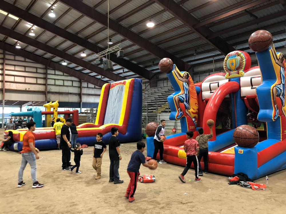 Inflatable Basketball Shootout