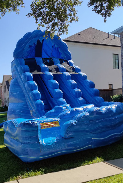 20ft Raging Rapids with dual slides