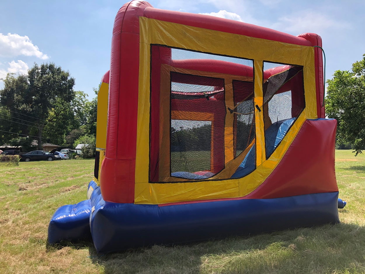 Side of 4in1 Bounce House