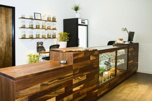 Dispensary user experience and digital marketing with cannabis users