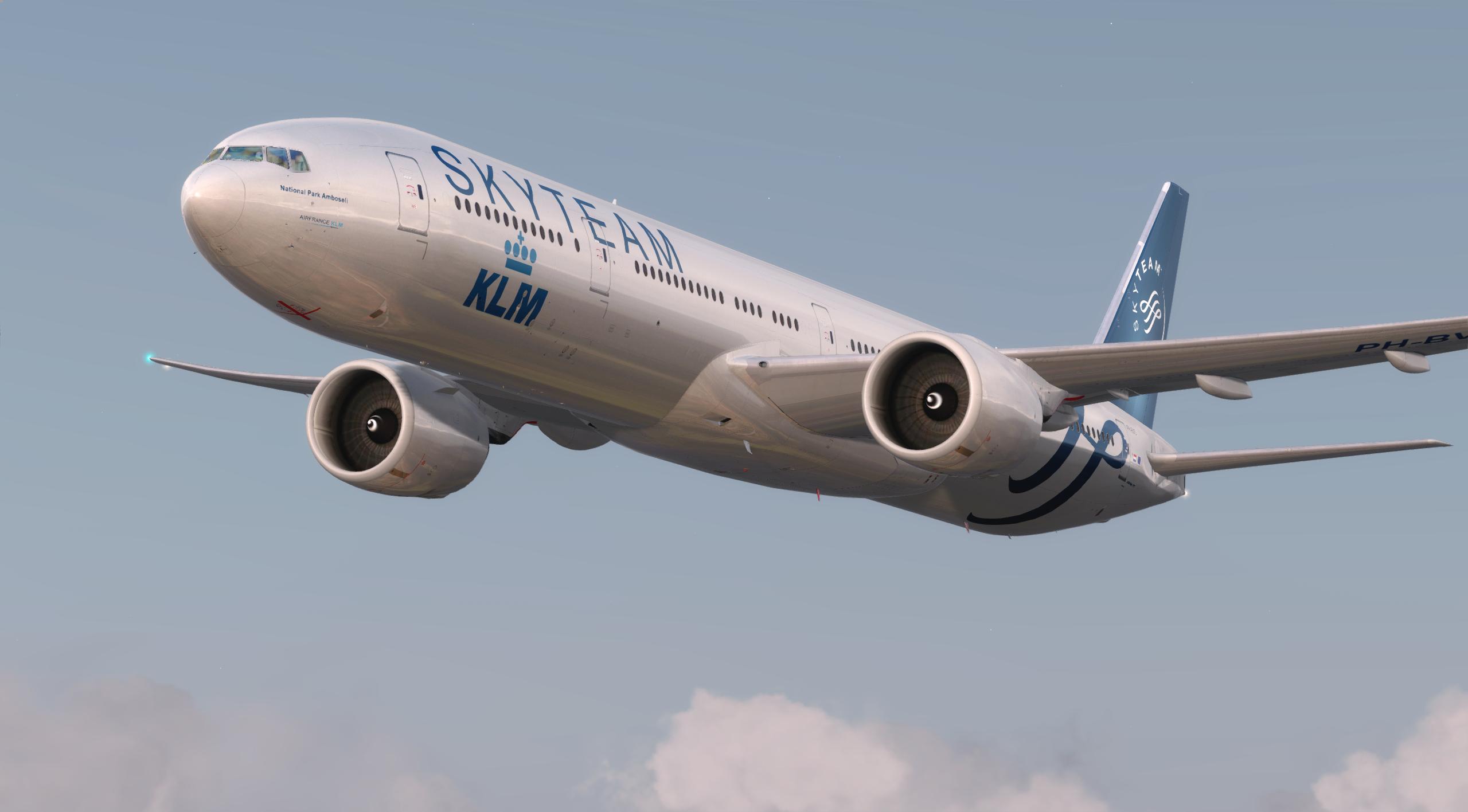 KLM B77W