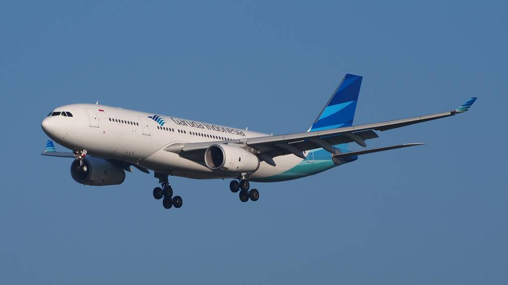 Airbus A330-243