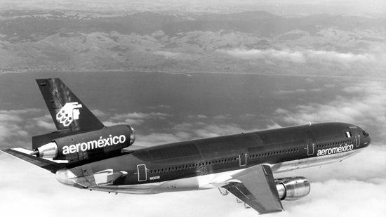 Douglas DC-10-15