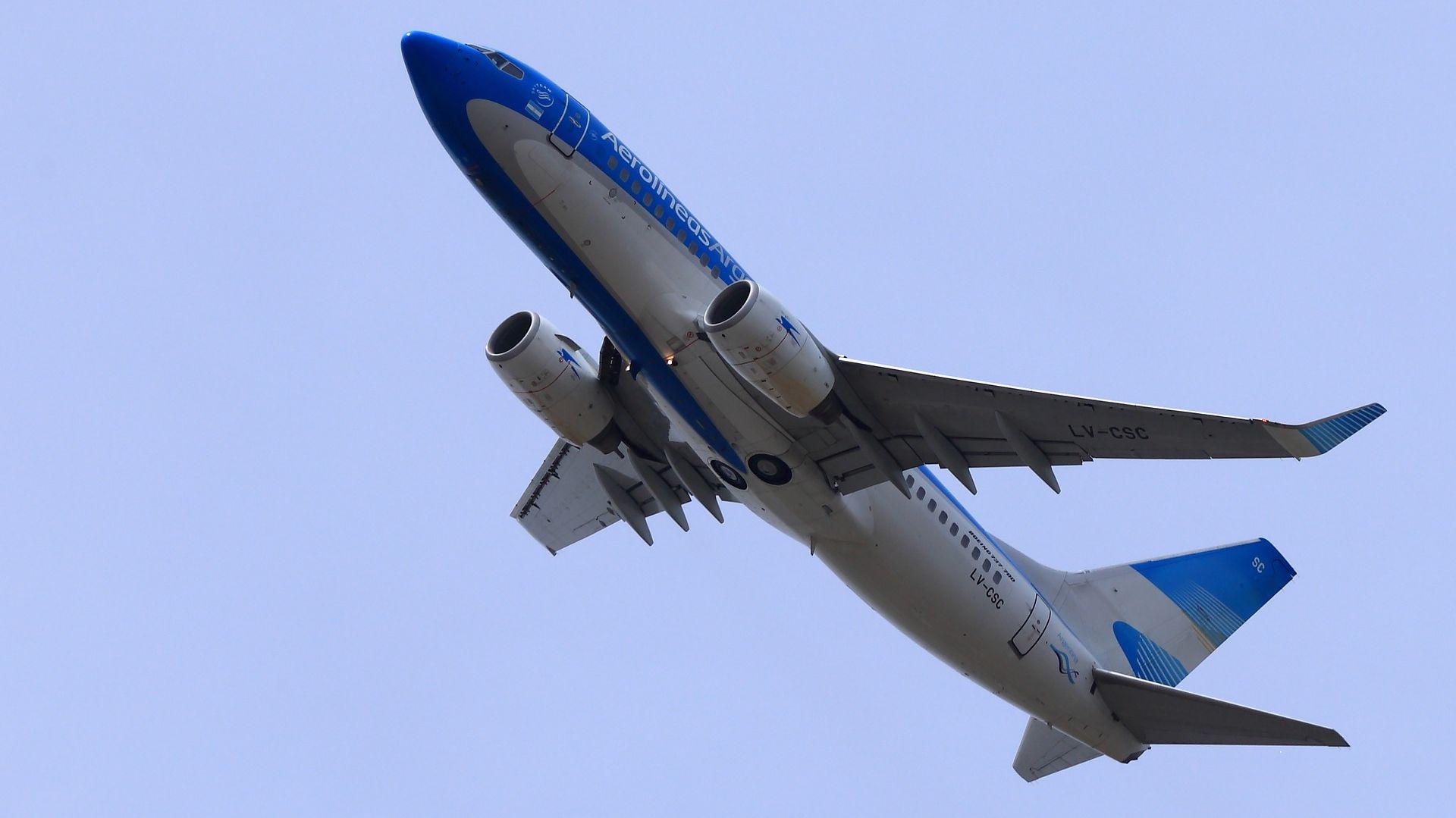 Boeing 737-7Q8(WL)