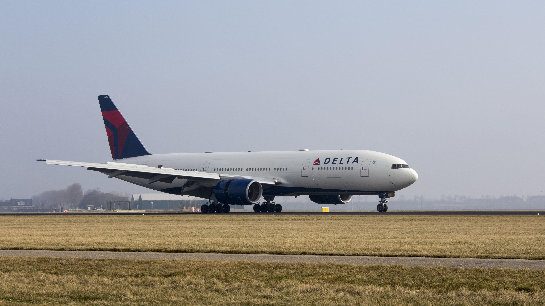 Boeing 777-232(ER)