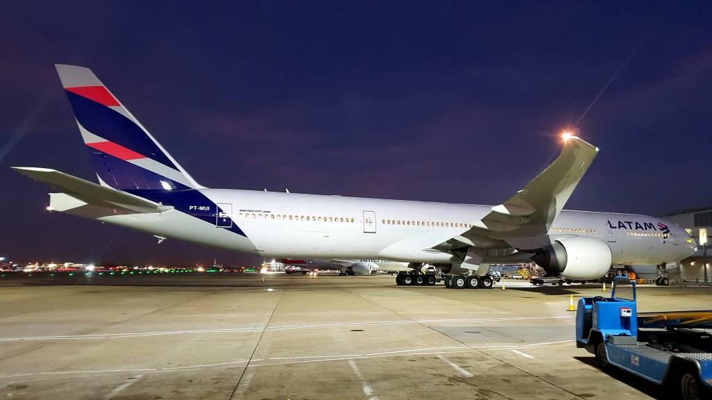 Boeing 777-32W(ER)