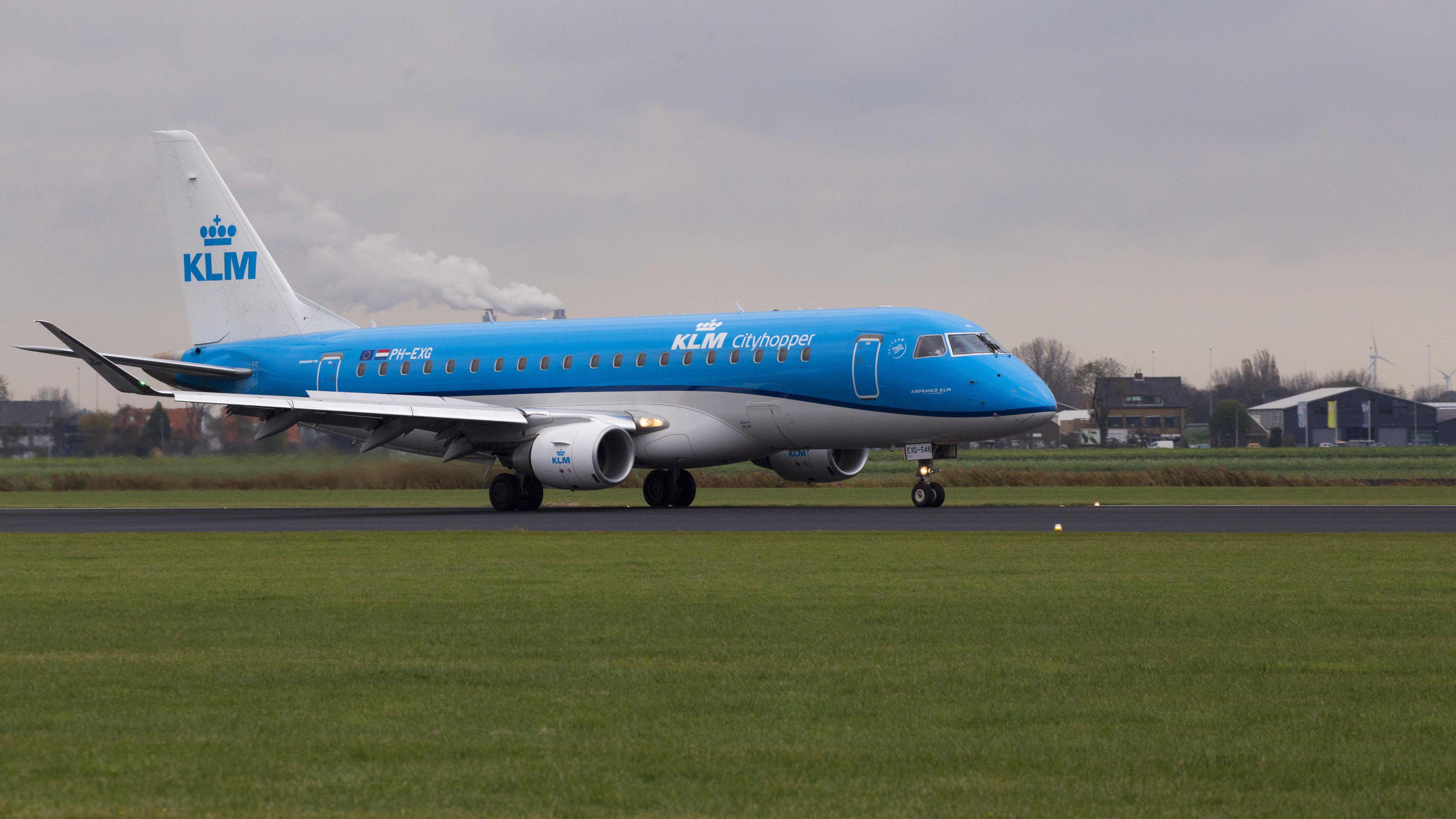 Embraer ERJ-175STD