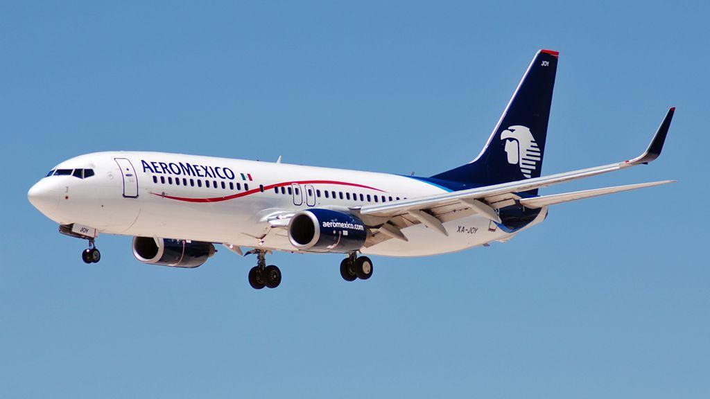 Boeing 737-83N(WL)