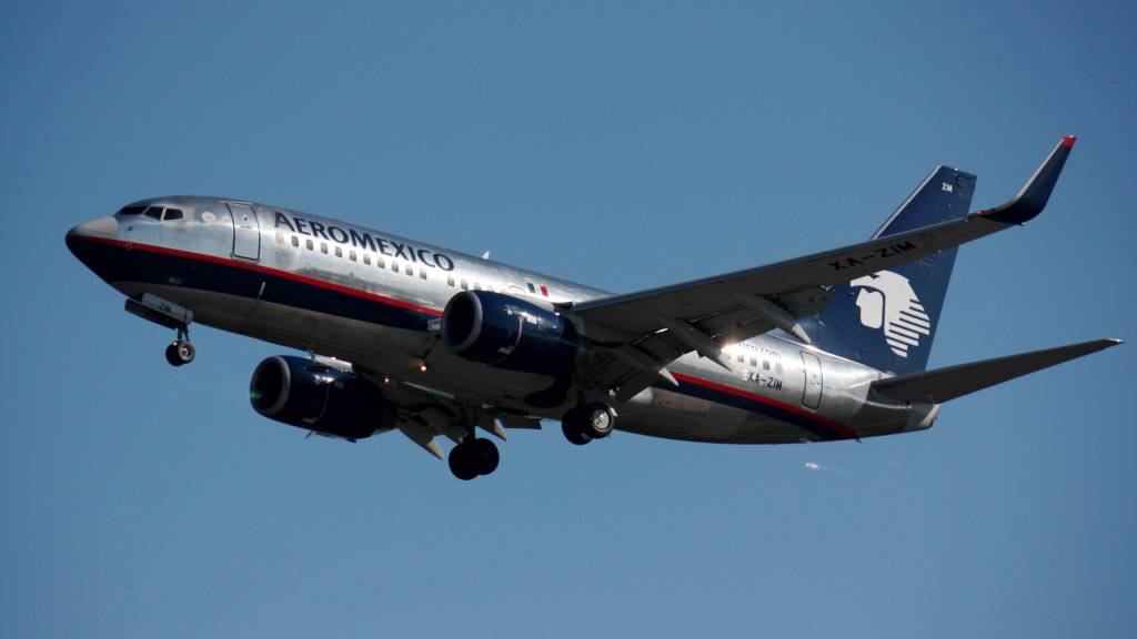Boeing 737-752(WL)