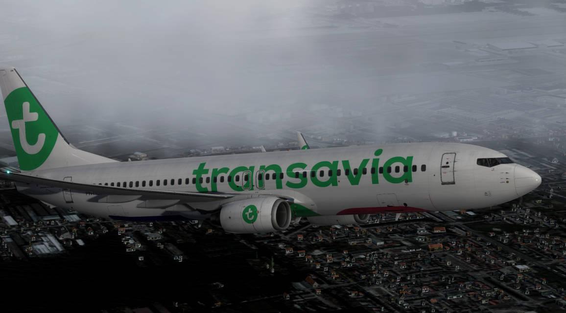 TRA B738