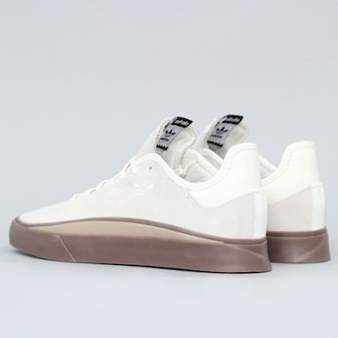 Second view of adidas Sabalo Shoes Footwear Off White / Gum 4 / Gum 5