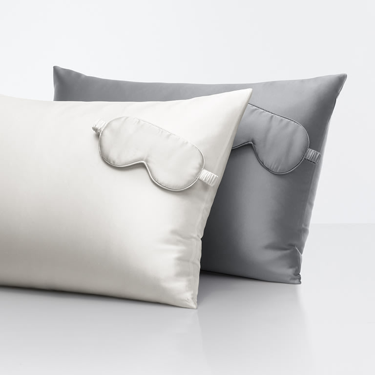 Sleep 'N Beauty Silk Pillowcase Standard Size