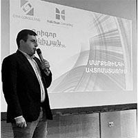"""{""""en"""":""""Grigor Makichyan"""",""""am"""":""""Գրիգոր Մակիչյան""""}"""