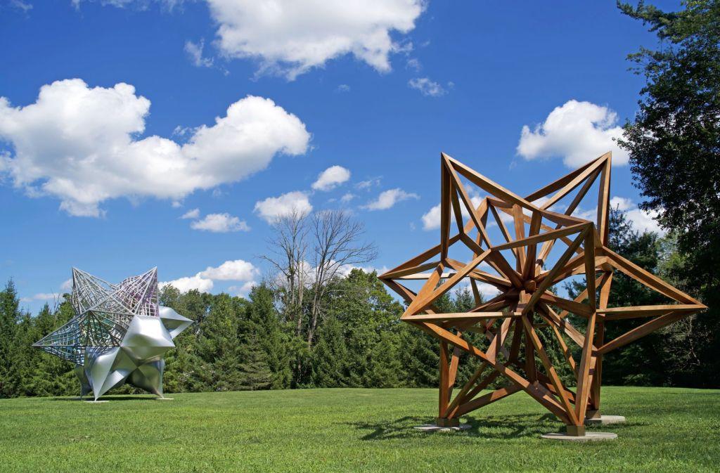 Stella – Frank Stella's Stars, A Survey