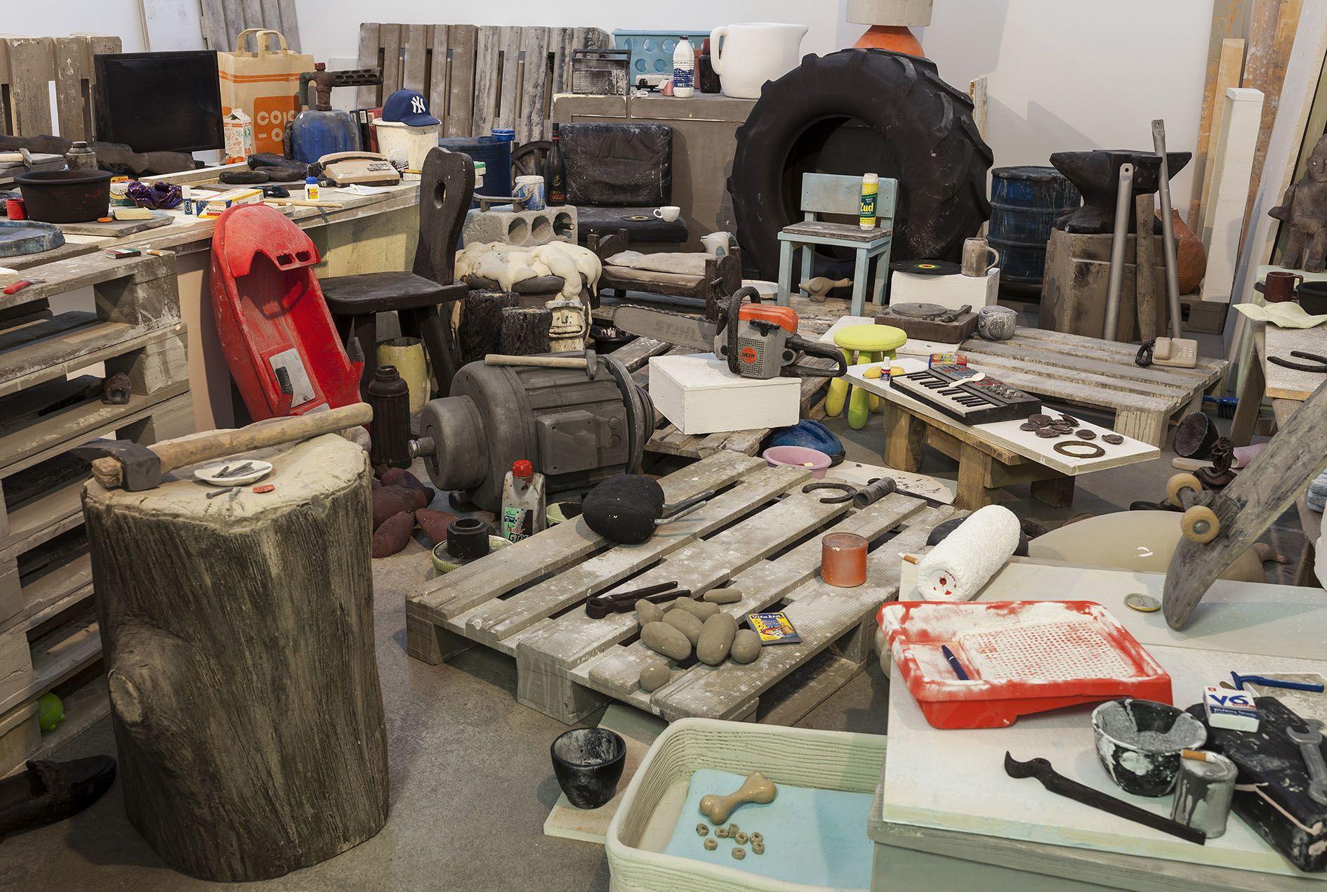 Peter FischliDavid Weiss – Eine Ansammlung von Gegenständen – Berlin