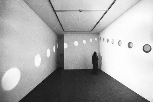 Nancy Holt – Mirrors of Light – Berlin