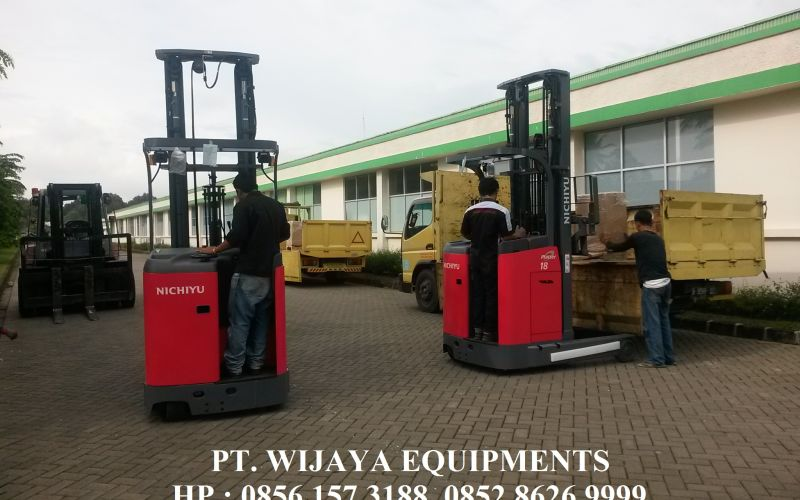 Nichiyu Forklift Ready To Support Puninar Logistics 2018