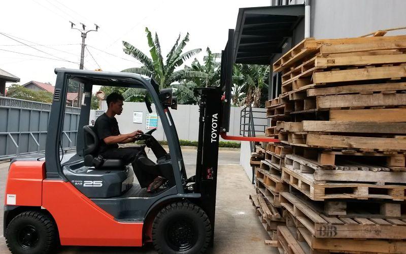 Toyota Forklift ready to serve Yusen Logistics Indonesia 2018