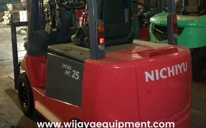 Nichiyu Electric Forklift