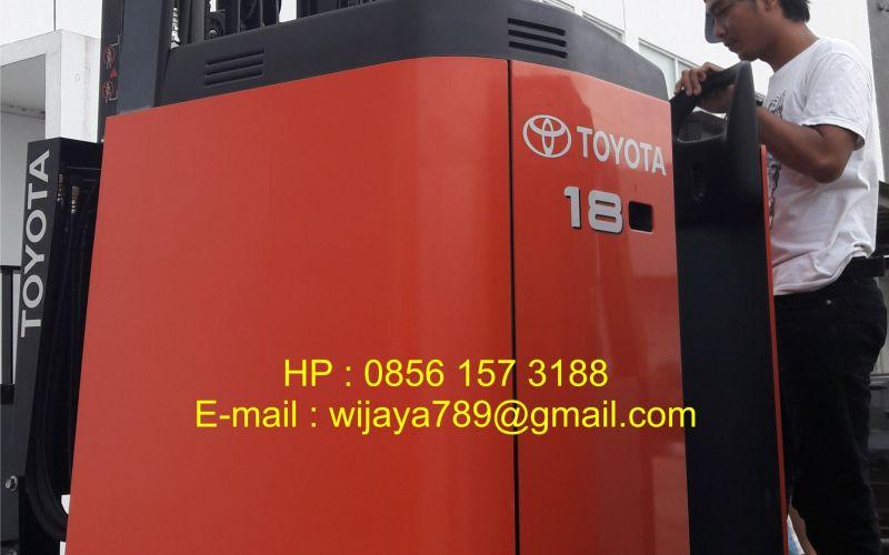 Forklift Bekas Toyota 7FBR18