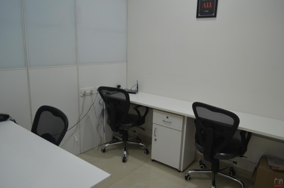 4 seaters Private Room Hyderabad Begumpet technals-coworking