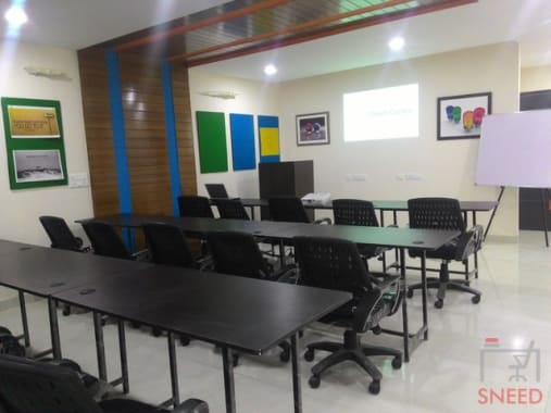 15 seaters Open Desk Chandigarh Sector 8C triam-centre