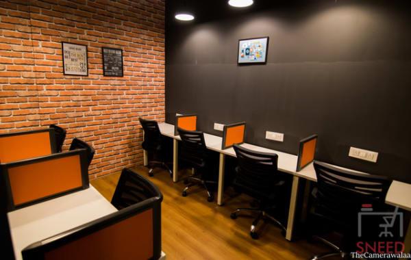 6 seaters Private Room Indore AB Road incuspaze-indore