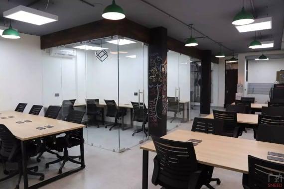 24 seaters Open Desk New Delhi Hauz Khas so-share