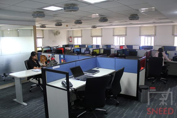 20 seaters Open Desk Bangalore MG Road target-workspace