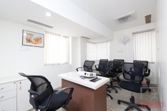 8 seaters Meeting Room Bangalore Vijaynagar cogzy