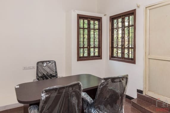 5 seaters Private Room Bangalore Whitefield boutik-stay