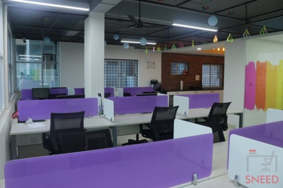18 seaters Open Desk Bangalore Horamav work-space-concepts