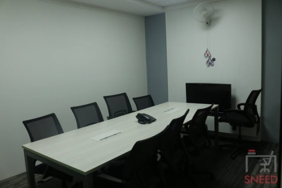 10 seaters Meeting Room Bangalore Horamav work-space-concepts