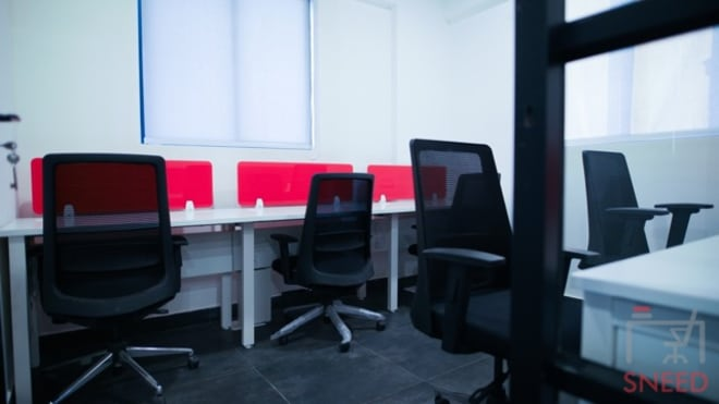 5 seaters Private Room Bangalore Whitefield gospaze-coworking-centre