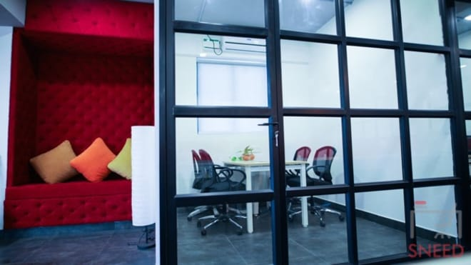 4 seaters Meeting Room Bangalore Whitefield gospaze-coworking-centre