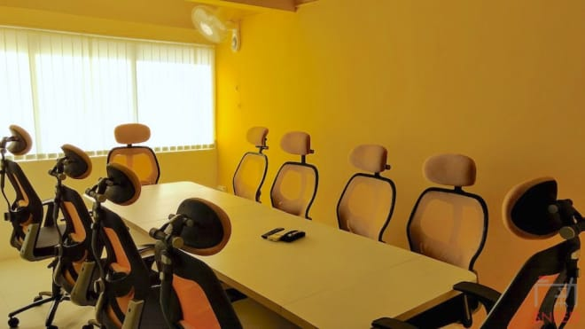 10 seaters Meeting Room Pune Baner trios-baner