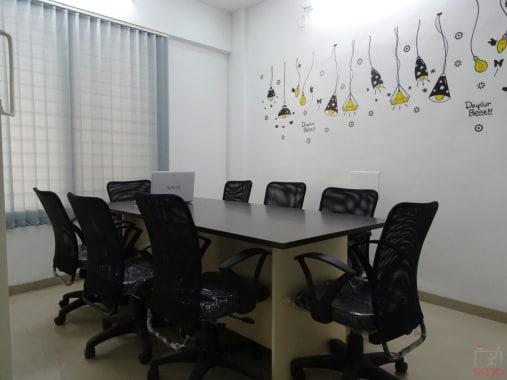 10 seaters Meeting Room Pune Baner grafio-hub-1