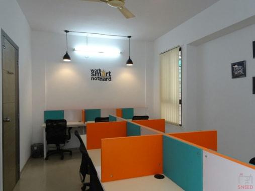 10 seaters Open Desk Pune Baner grafio-hub-1