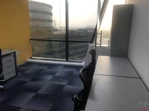 3 seaters Private Room Gurgaon DLF Cyber City accesswork-cybercity