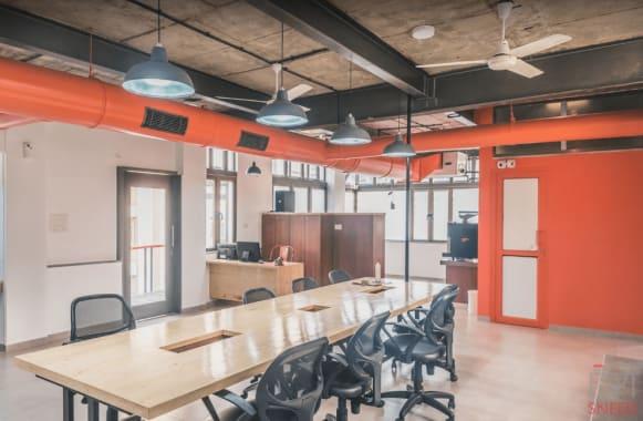 6 seaters Private Room Ahmedabad Ellisbridge 5b-colab
