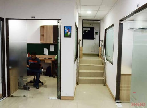 10 seaters Private Room Noida Sector 5 north-star-business-centres