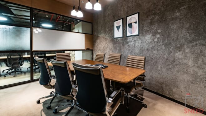 5 seaters Meeting Room Gurgaon DLF Cyber City huddle