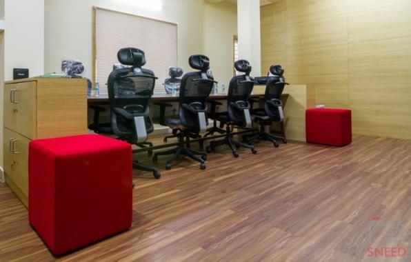 15 seaters Open Desk Bangalore Jayanagar instasquares